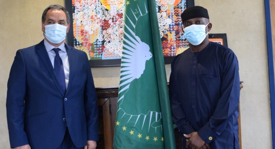 مباحثات بين العروشي ومفوض الاتحاد الإفريقي للسلم والأمن