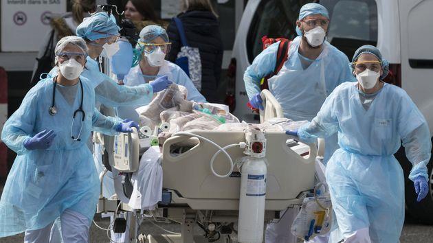 Covid-19 : la France franchit le seuil des 30.000 malades hospitalisés