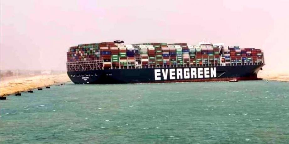 Canal de Suez bloqué : quel impact sur le commerce maritime mondial ?