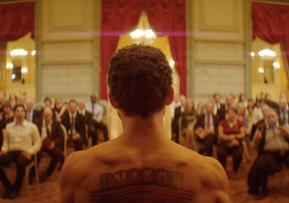 """""""الرجل الذي باع ظهره"""" يشق طريقه نحو جوائز الأوسكار"""