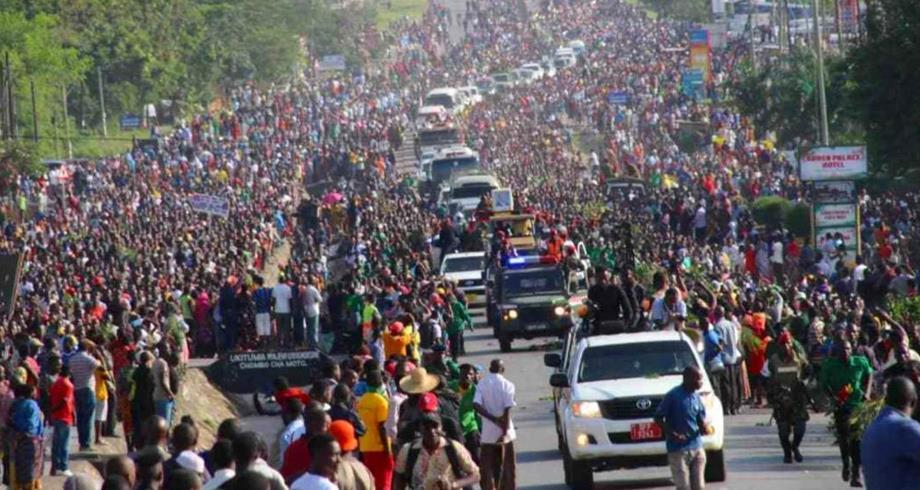تنزانيا ..45 قتيلا في تدافع أثناء تأبين الرئيس الراحل جون ماغوفولي