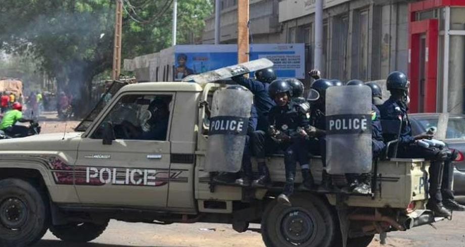 """النيجر .. الوضع تحت السيطرة بعد إحباط """"محاولة انقلابية"""""""