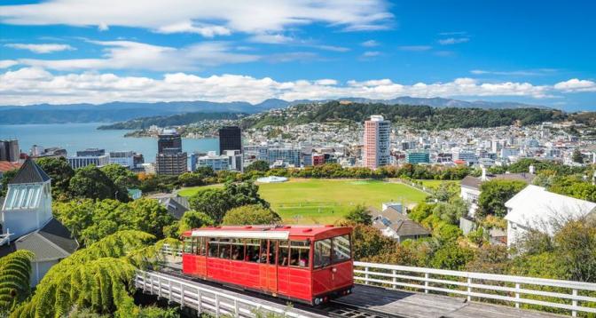 نيوزيلندا تفتح حدودها أمام الزوار من أستراليا دون حجر صحي