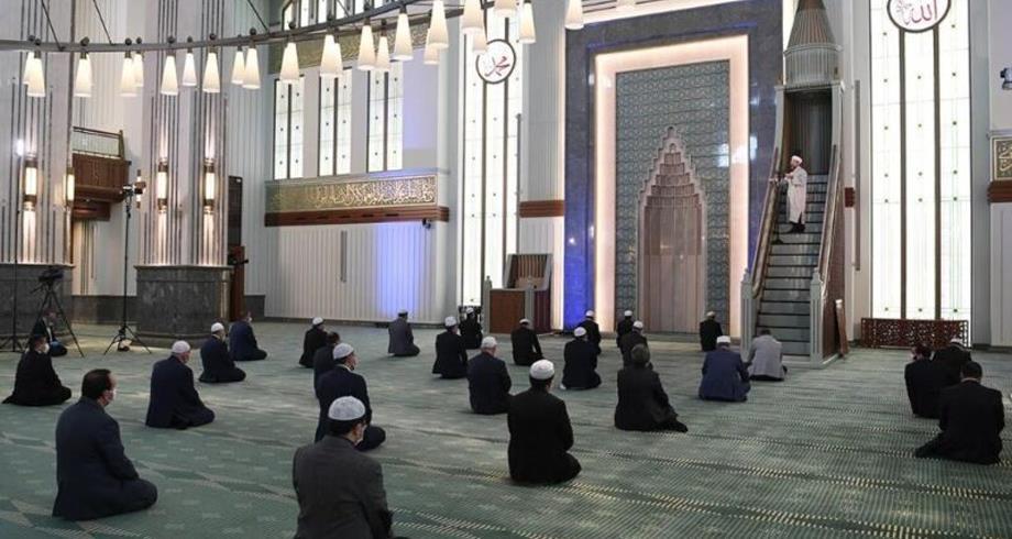 تركيا تحسم مسألة أداء صلاة التراويح بالمساجد في رمضان