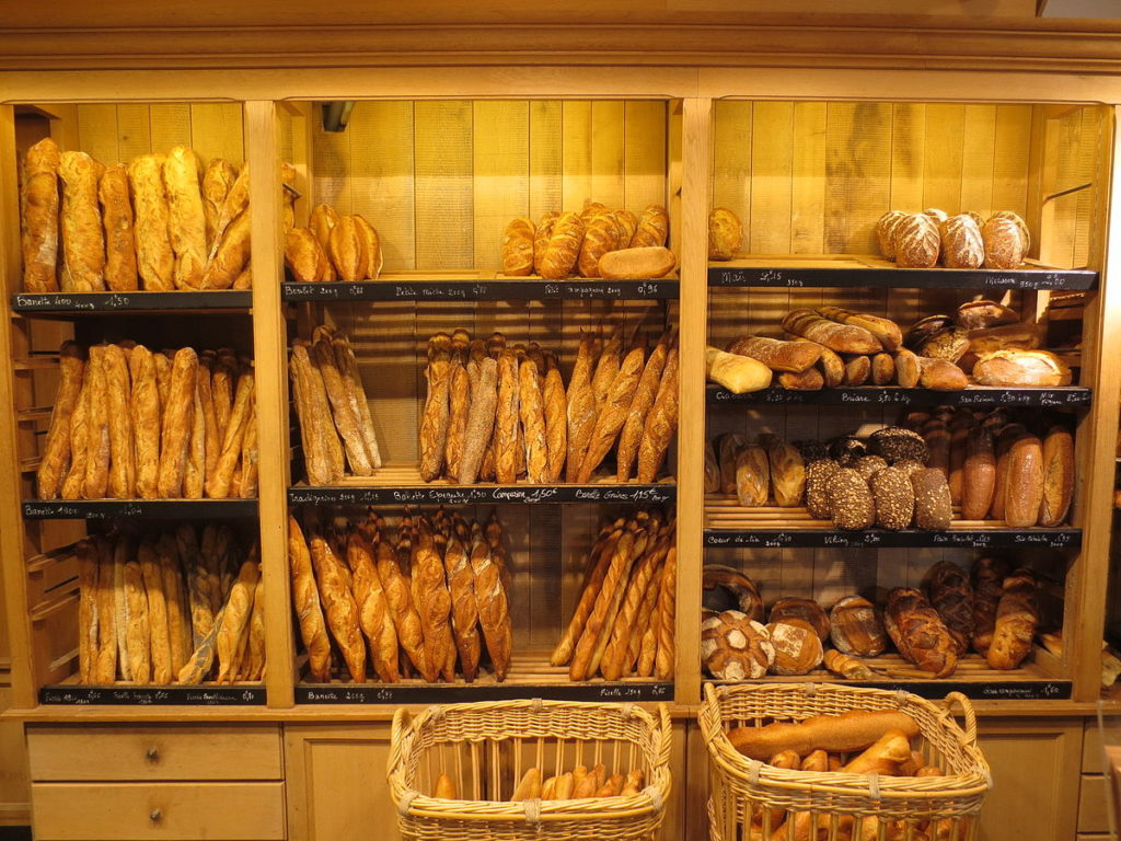 """جدل حول جودة """"الخبز المغربي"""" وجامعة المخابز ترد بقوة على المغالطات"""