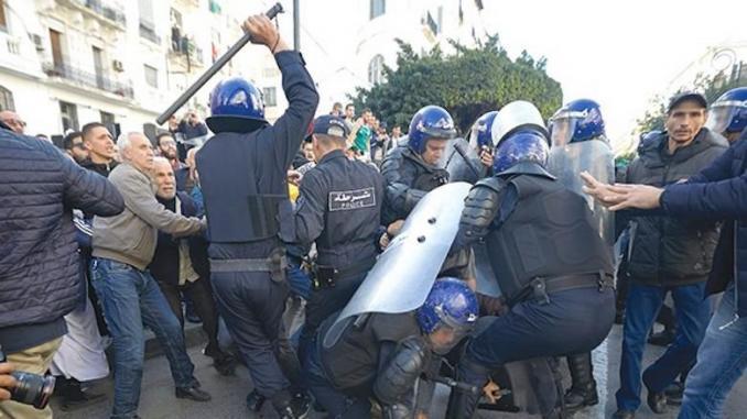 Amnesty International dénonce les atteintes aux droits humains et aux libertés d'expression en Algérie