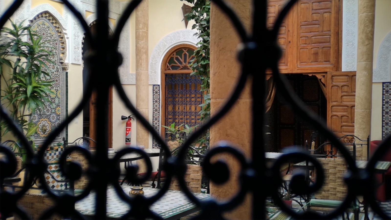 الأبواب والنوافذ المغربية الحاملة لعبق التاريخ تيمة مسابقة فرنسية-مغربية