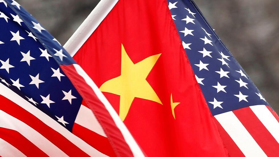 إدارة بايدن تقاضي شركة اتصالات صينية بناء على مرسوم وقعه ترامب في 2019