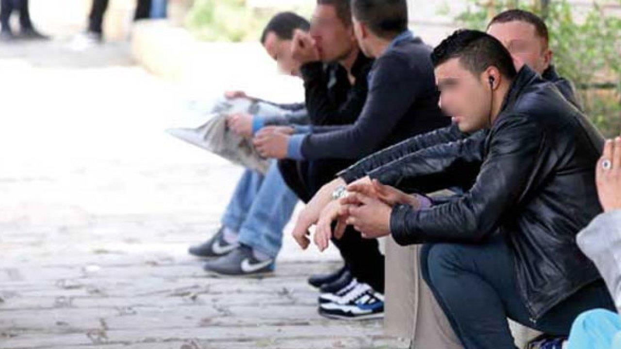 فقدان أزيد من مليون منصب شغل في الجزائر بسبب الجائحة
