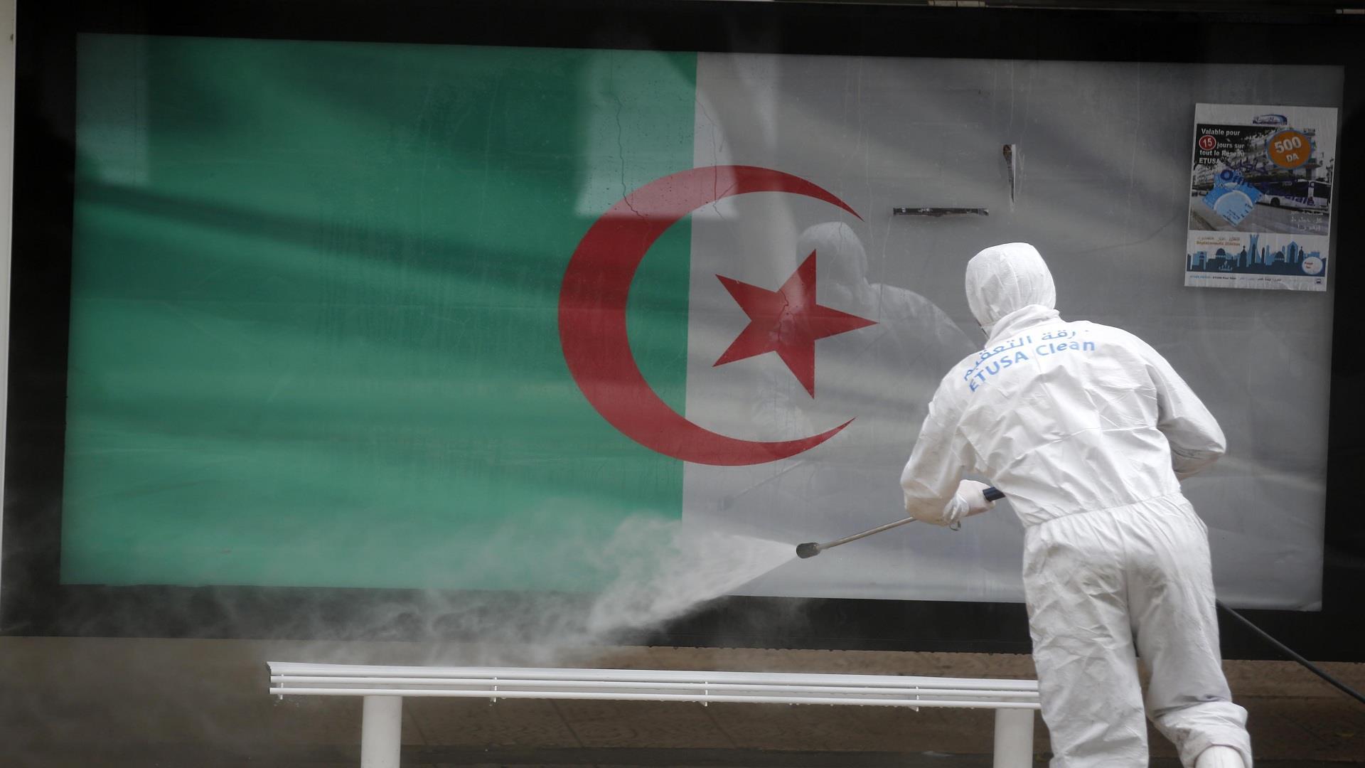 الجزائر تمدد الحجر الصحي 15 يوما