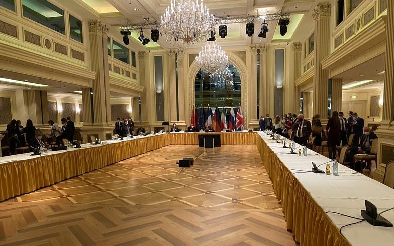 إيران تهدد بالانسحاب من محادثات فيينا وترقب لنتائج جولة الخميس
