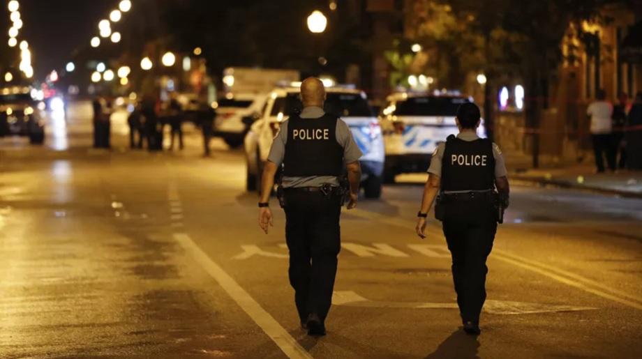 Fusillade aux Etats-Unis: huit morts à Indianapolis