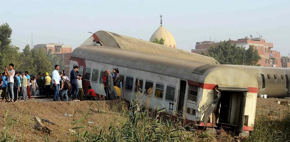 Égypte : 11 morts et une centaine de blessés suite au déraillement d'un train près du Caire