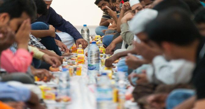 رمضان في موريتانيا: انبعاث قيم التكافل والتآزر خلال الشهر الفضيل
