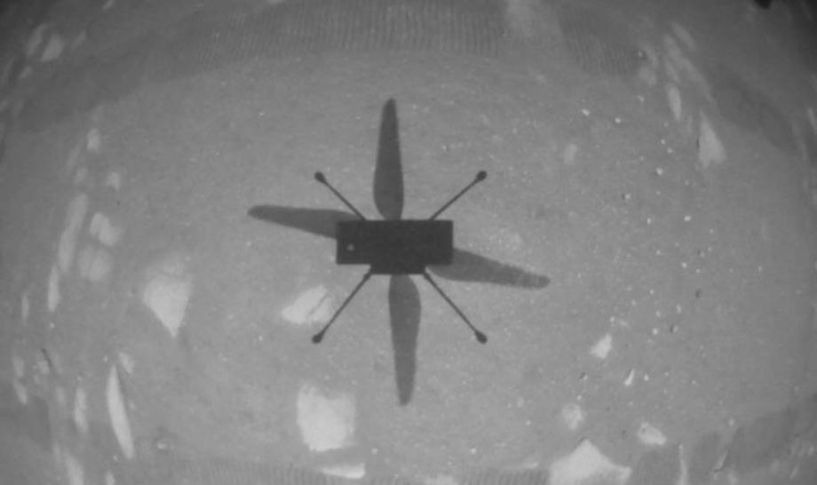 Ingenuity réussi un premier vol d'essai historique sur Mars