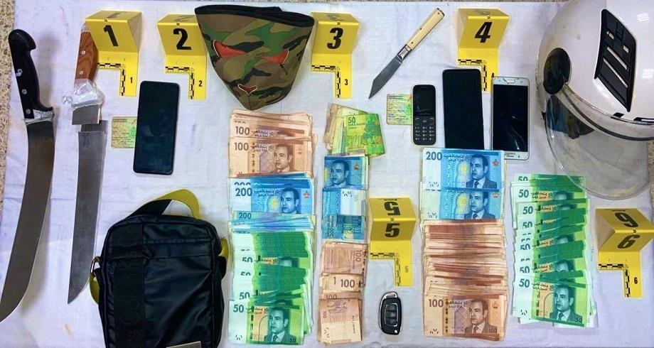 سرقة وكالة بنكية في طنجة..الأمن يوقف شخصين مع مبلغ 57.800 درهم