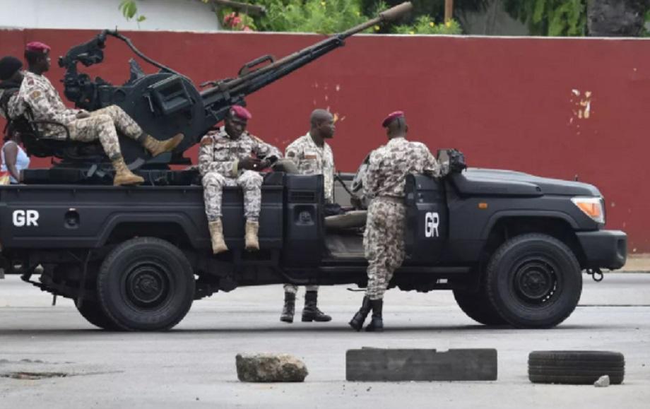 Côte d'Ivoire : une base militaire attaquée à Abidjan, 3 assaillants abattus