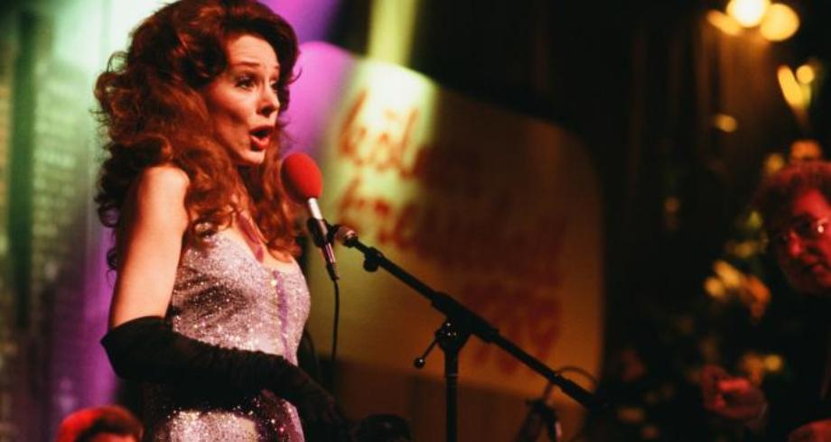 """وفاة المغنية الإيطالية """"ميلفا"""" أشهر من غنى """"بيلا تشاو"""""""