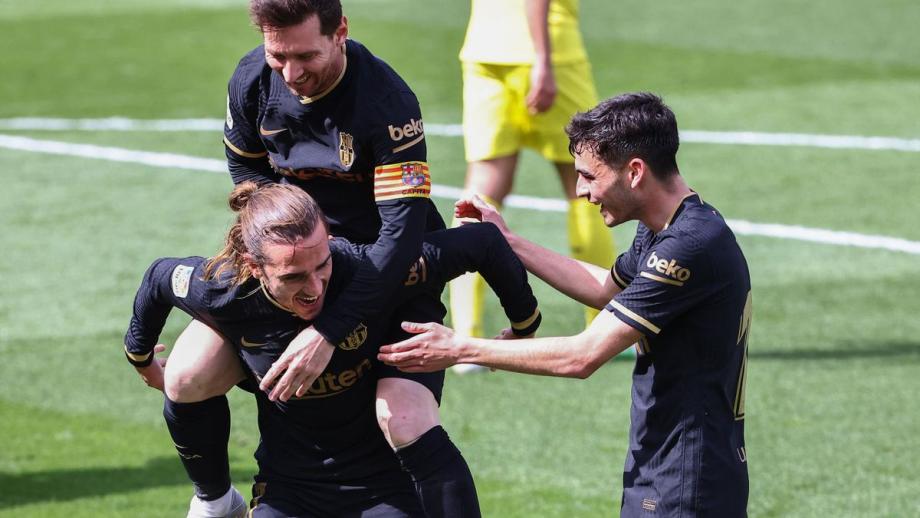 Espagne: un doublé de Griezmann permet au Barça de recoller au Real