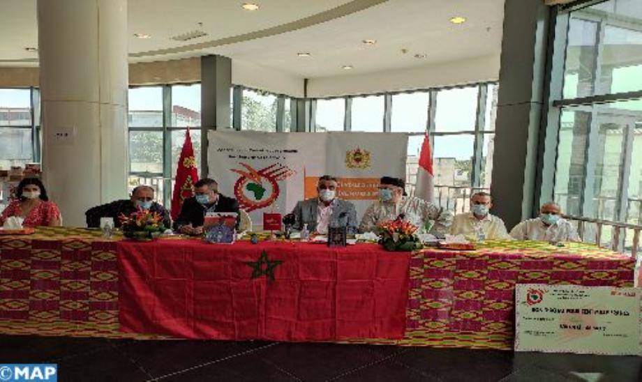 كوت ديفوار: مساعدات غذائية لفائدة 103 أسرة مغربية وإيفوارية