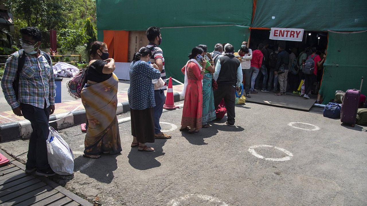Covid-19:  l'Inde se fixe l'objectif de vacciner l'ensemble de la population d'ici décembre prochain