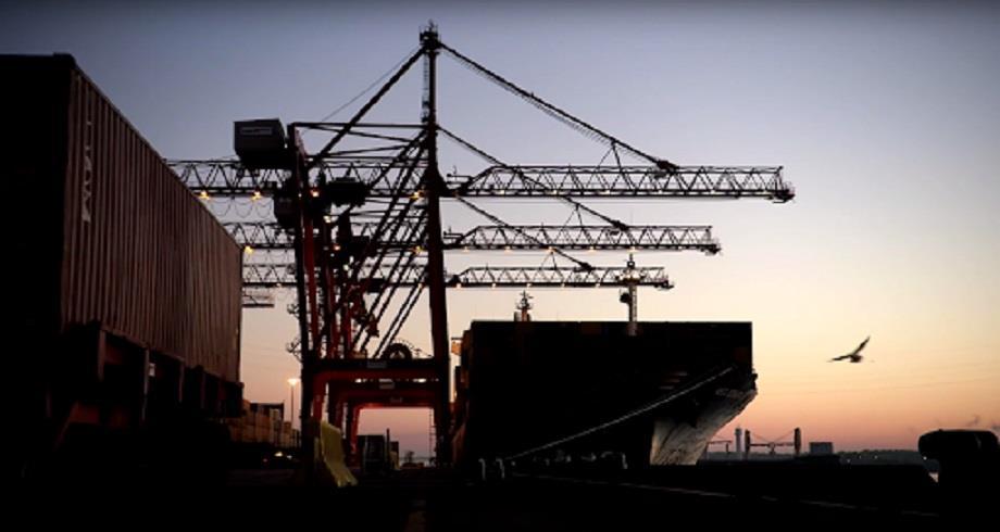 Canada : grève illimitée des débardeurs du port de Montréal