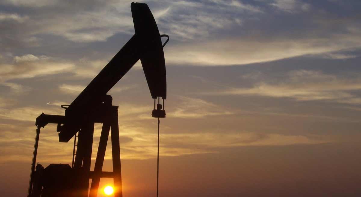 جحيـــم كورونـا في الهند يهـدد تعافـــي الطلب العالمي علـى النفـط