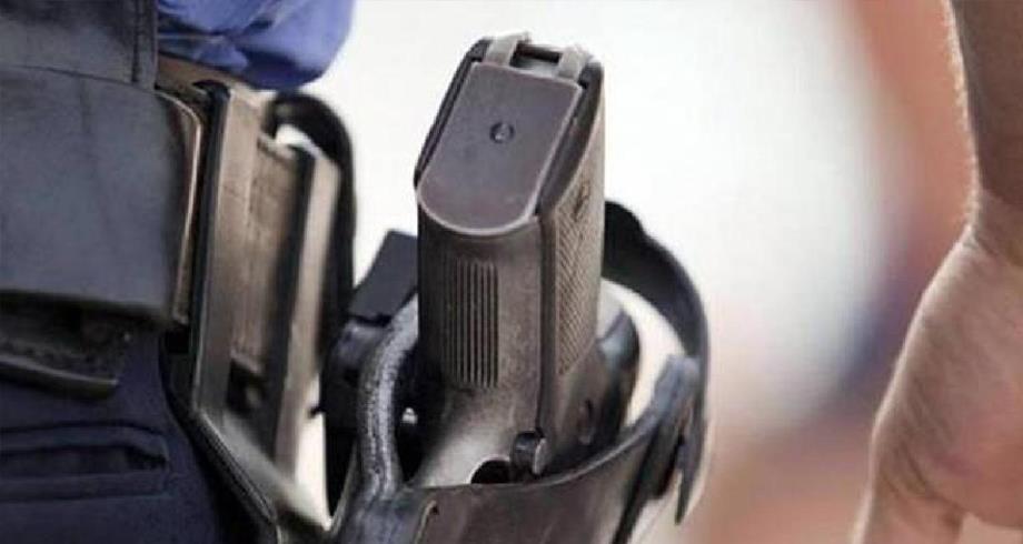 العيون..الرصاص لتوقيف سائق سيارة عرض حياة المواطنين وعناصر الشرطة للخطر