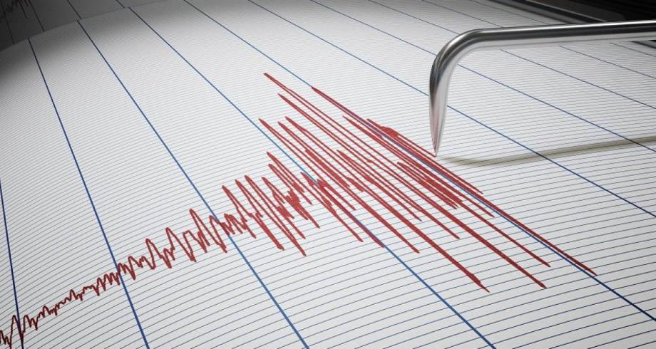 زلزال بقوة 6,6 درجات يضرب قبالة سواحل سومطرة في إندونيسيا