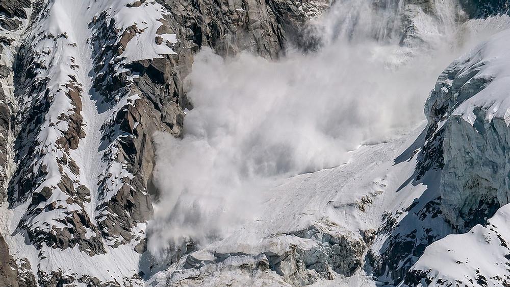 France: trois morts dans une avalanche dans les Hautes-Alpes