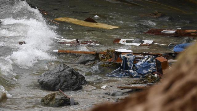 USA: 4 morts et 24 blessés après le naufrage d'un bateau au large de San Diego
