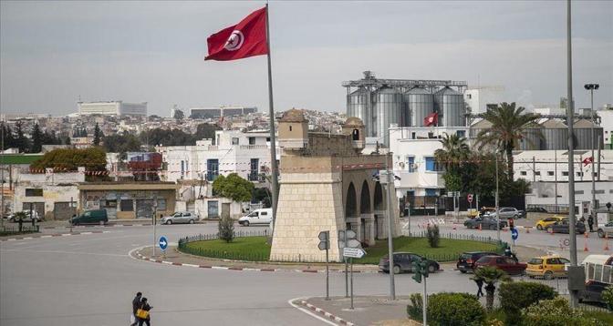 تونس تفرض إغلاقا في أربع ولايات لاحتواء تفشي فيروس كورونا