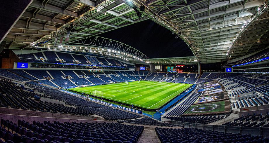 نقل المباراة النهائية لدوري الأبطال من اسطنبول إلى بورتو