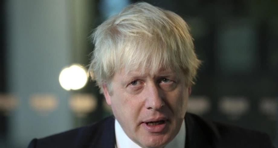 """بوريس جونسون يعرب عن """"قلق"""" بريطانيا حيال تفشي نسخة كورونا الهندية المتحورة"""