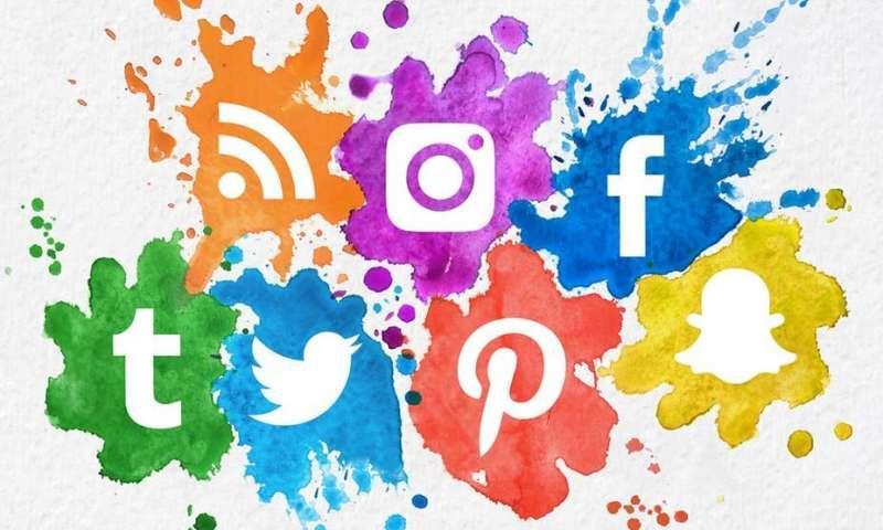 المغرب: دراسة ترصد تعامل المغاربة مع شبكات التواصل الاجتماعي