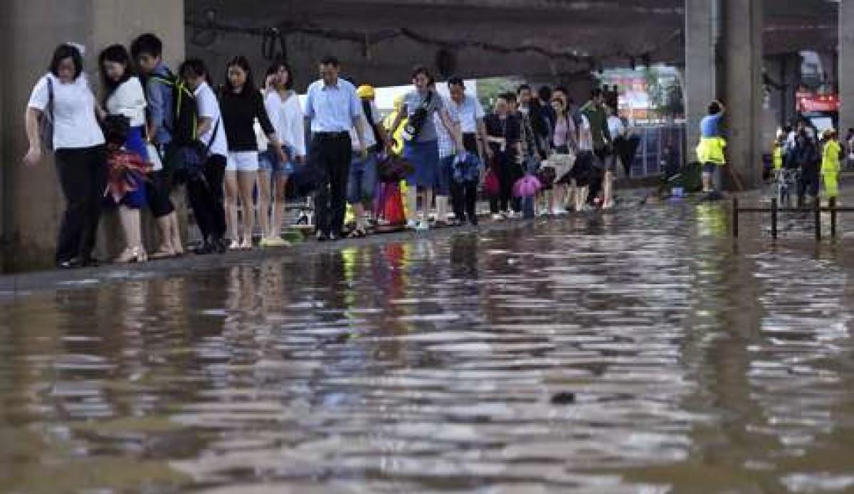 6 قتلى و218 مصابا إثر اجتياح إعصار لمدينة ووهان بوسط الصين
