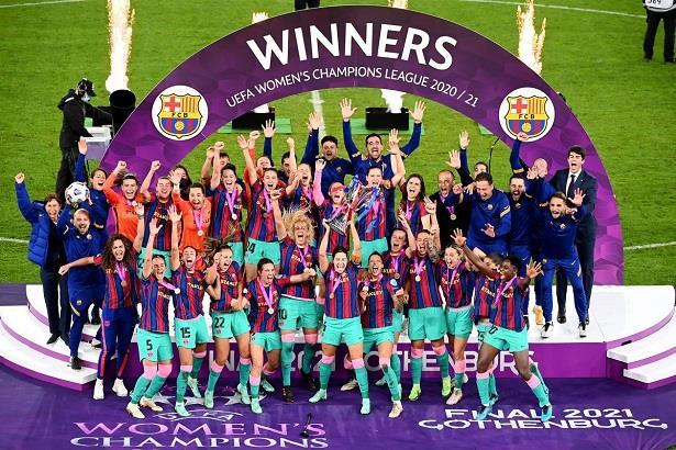 دوري بطلات أوروبا .. برشلونة أول فريق إسباني يحرز اللقب