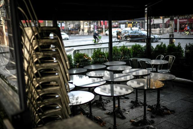 Coronavirus: La France se prépare à la réouverture des restaurants