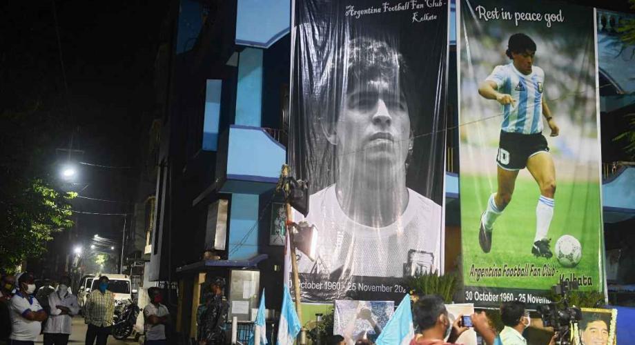 الطاقم الطبي لمارادونا يواجه تهمة القتل العمد
