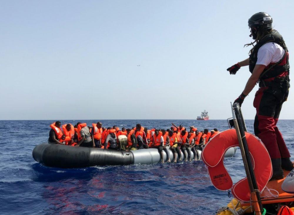 الاتحاد الأوروبي يعمل على توسيع اتفاقيات مع تونس وليبيا للحد من تدفقات المهاجرين