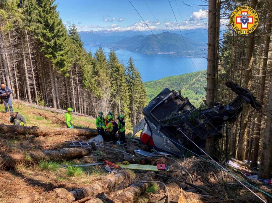 Italie : au moins huit morts dans la chute d'une cabine de téléphérique