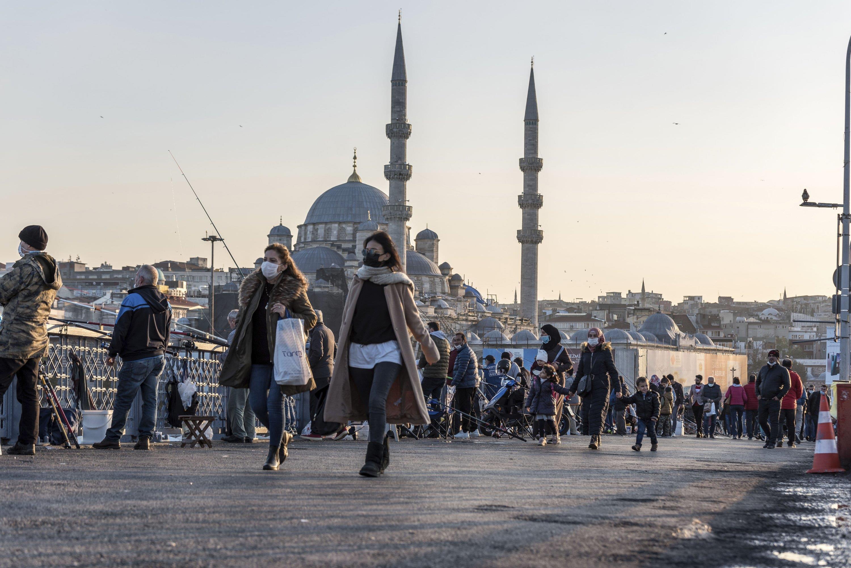 انخفاض كبير في نسبة التلوث بإسطنبول نتيجة الإغلاق الشامل لأزيد من أسبوعين