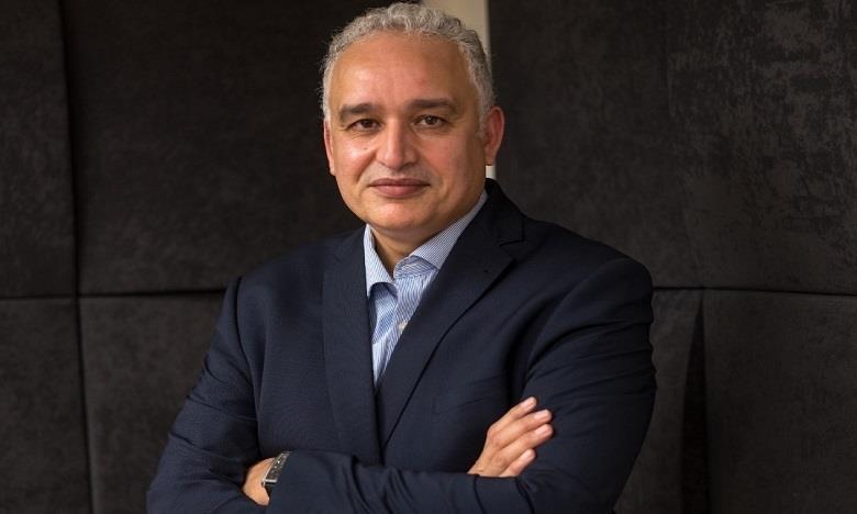 الدكتور الطيب حمضي يقدم قراءة في تجديد السياسة الدوائية في المغرب