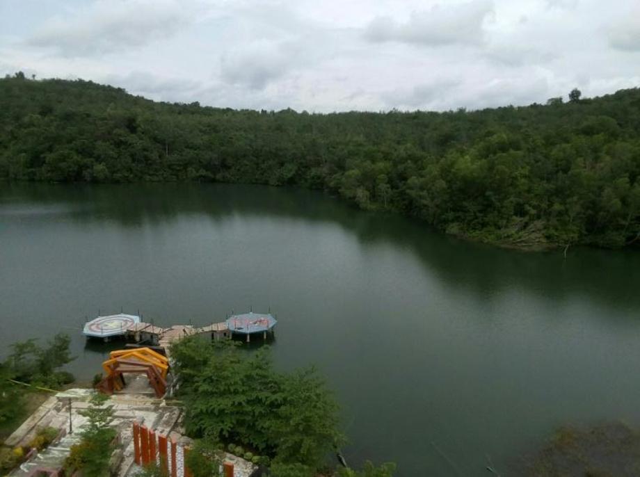 Indonésie: un selfie au bord d'un lac tourne au drame, 5 morts