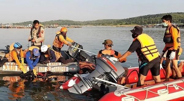 غرق خمسة أفراد من أسرة واحدة في بحيرة إندونيسية بسبب صورة سيلفي