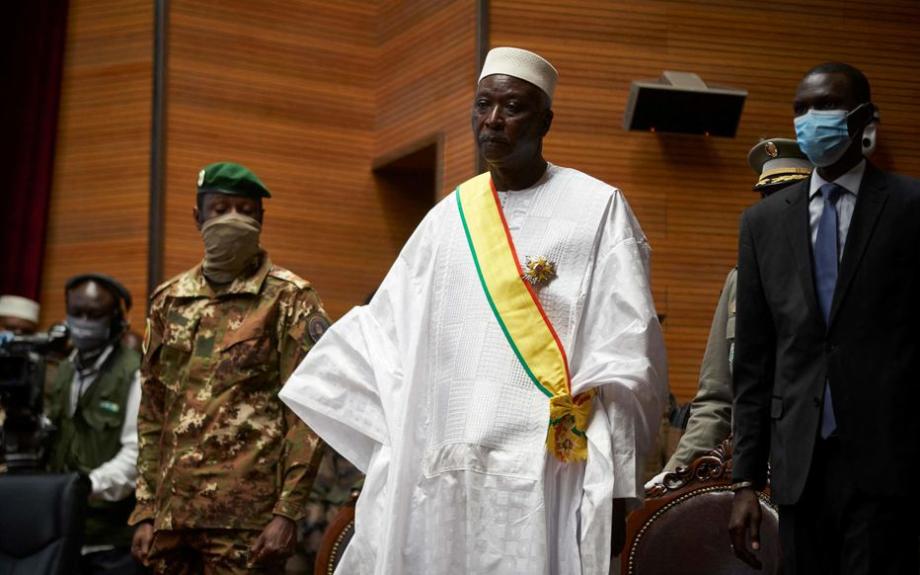 Mali: le président et le premier ministre de transition libérés