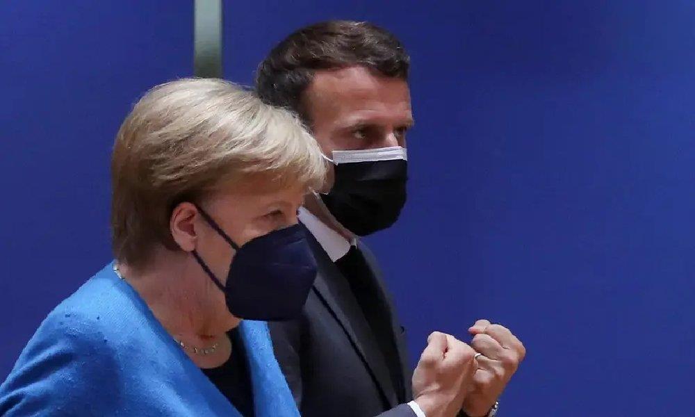 ماكرون وميركل ينتظران توضيحات من واشنطن في شأن التجسس على حلفاء أوروبيين