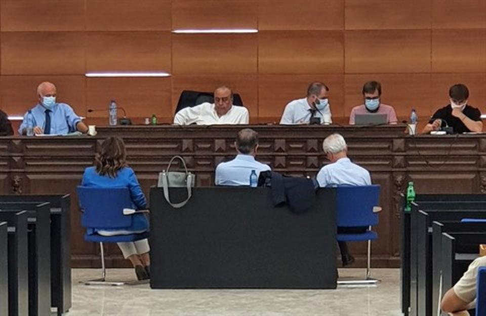 القضاء الفرنسي يستمع للمرة الأولى لكارلوس غصن ببيروت
