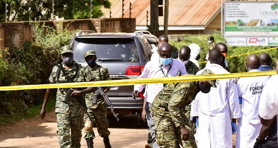 أوغندا.. استهداف وزير النقل بأعيرة نارية