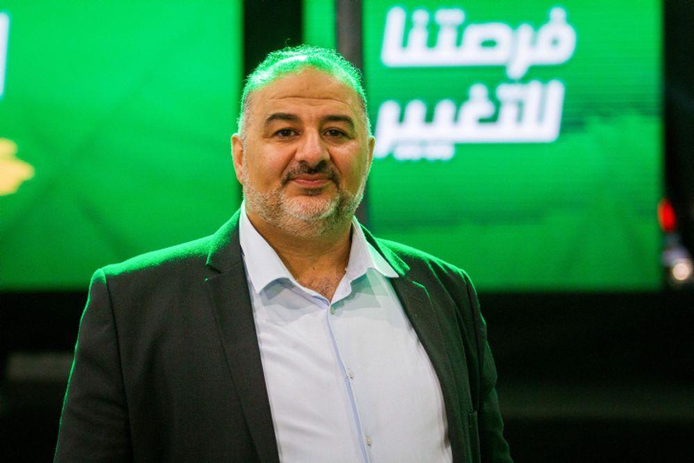 في سابقة من نوعها..حكومة إسرائيلية بعضوية حزب عربي
